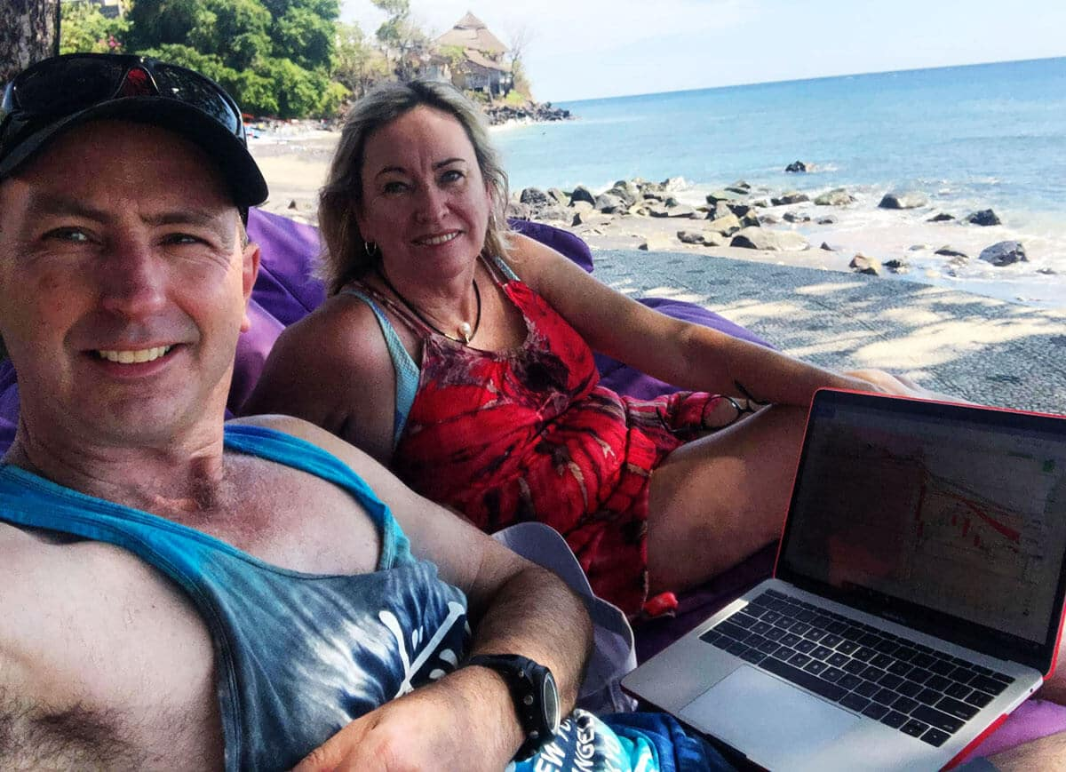 Trading Futures on the beach - Travel and Trade